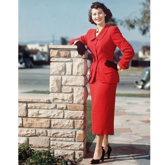 Larry Levine Skirts Womens Red 2 Piece Skirt Suit B5 Poshmark